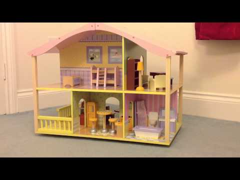 review---kidkraft-pastel-swivel-deluxe-dollhouse