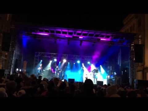 Crazy Hogmanay Music Gig in Edinburgh, Scotland 2015 / 2016 - Inspiredbymaps.com