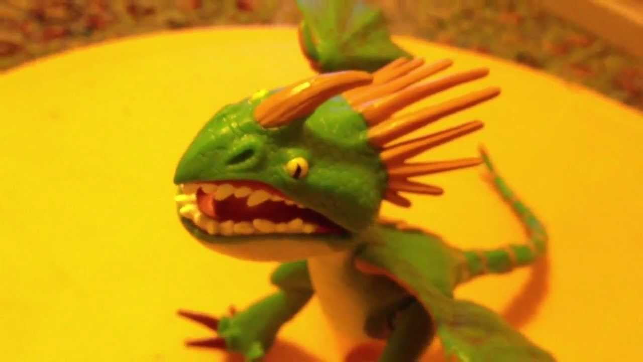 Deadly Nadder How To Train Your Dragon Toy - YouTube