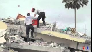 La recherche des survivants continue en Equateur (vidéo)