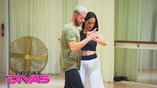 """Nikki Bella rehearses with Artem for """"Dancing with the Stars"""": Total Divas, Jan. 31, 2018"""