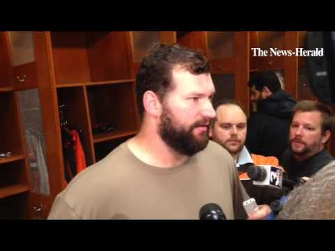 Browns offensive tackle Joe Thomas offers his reactions to the loss to Arizona and the team