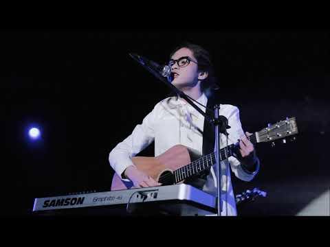 Dul Jaelani - Aku Cinta Kau Dan Dia (Ahmad Band Cover) Live @ Institute Francais Indonesia