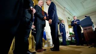 Awarding Chief Etchberger the Medal of Honor