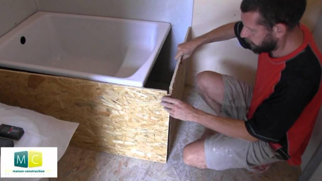 Pose baignoire installer une baignoire acrylique dans une - Salle de bain avec baignoire sur pied ...