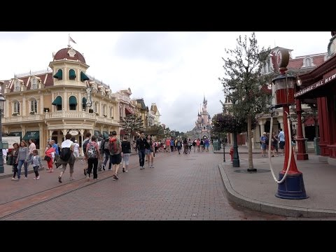 Shopping at Disneyland Park in Disneyland Paris