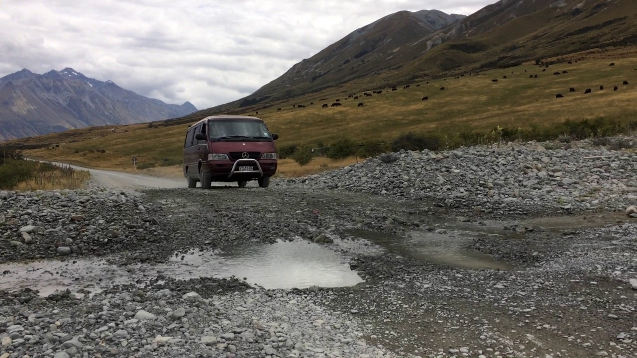1d764a8290 Mercedes-Benz MB140D Self Contained Campervan in New Zealand - YouTube
