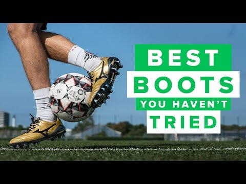 BEST FOOTBALL BOOTS YOU HAVEN'T TRIED | Gold Mizuno Play Test