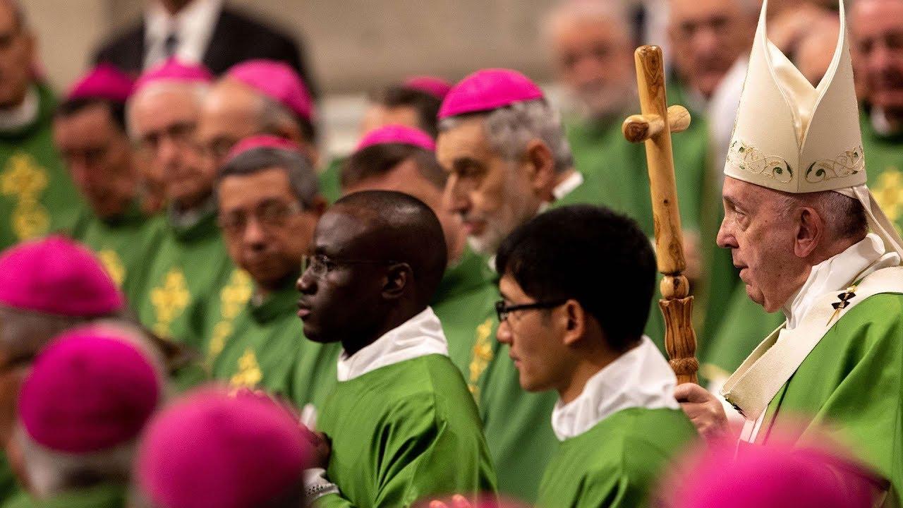 Thánh lễ đại trào Khánh Nhật Truyền Giáo do Đức Thánh Cha và các nghị phụ Thượng Hội Đồng cử hành