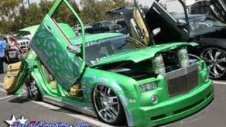 Ying Tang Twins ft. Eminem & Pitbull-boom! ist on (remix)