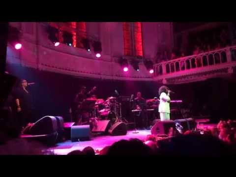 Angie Stone @ Paradiso - Guilty, Lay your head on my pillow,For The Good Times (Gospel Medley)