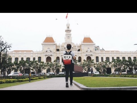DIY SAIGON WALKING TOUR! Ho Chi Minh Travel Vlog