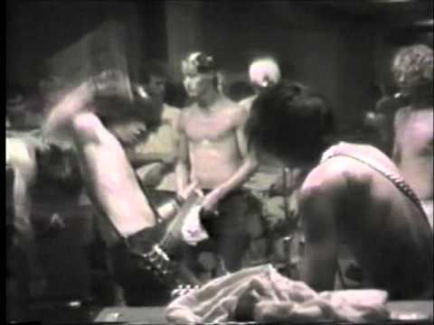 NOFX - Beer Bong (live 1987)