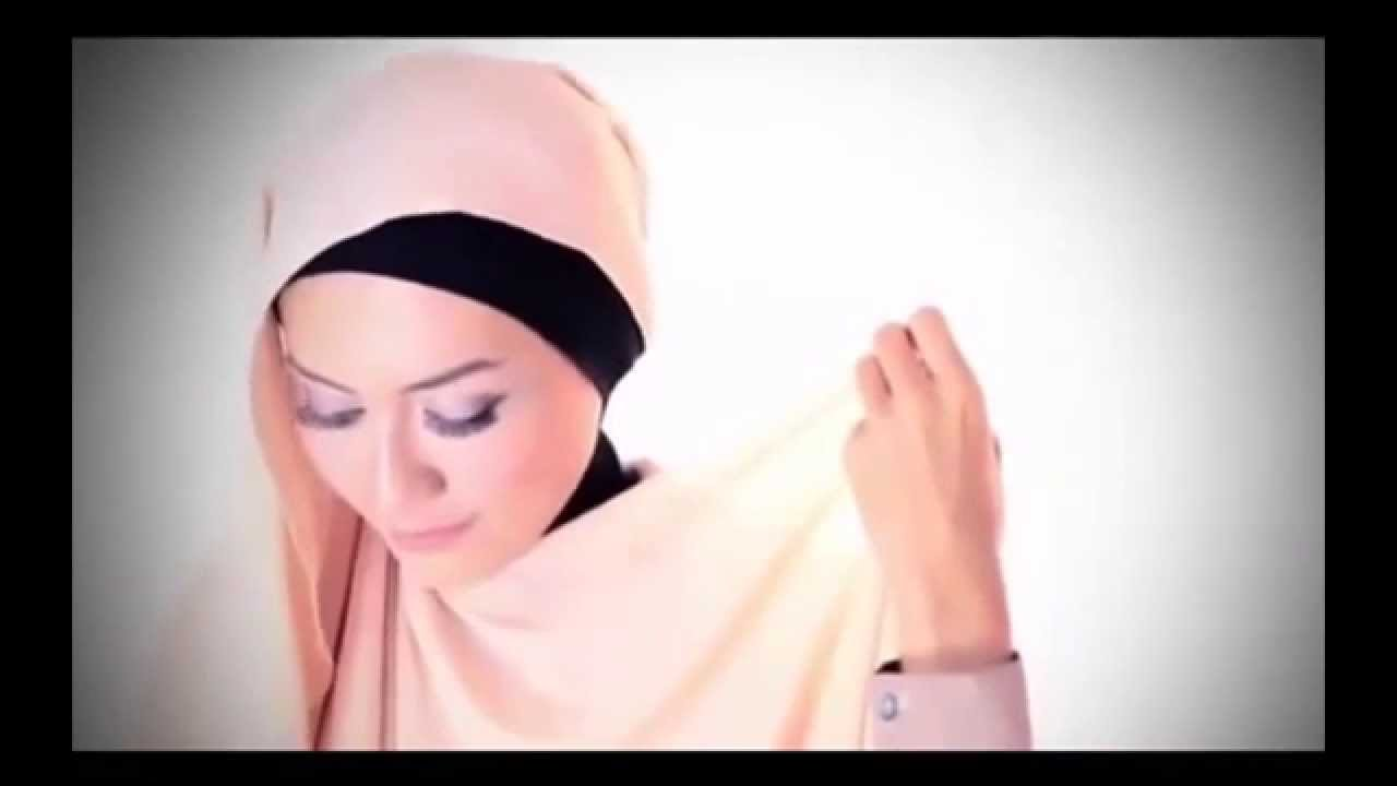 Tutorial Hijab Zaskia Sungkar Terbaru 2015 Cocok Untuk Pesta Dan