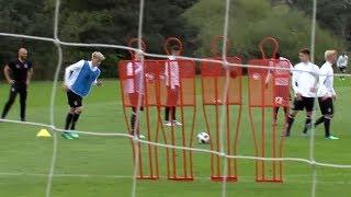 U 17 Junioren: Vor EM- Auftaktspiel gegen die Niederlande