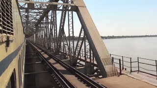 THUNDERING THROUGH NARMADA RIVER BRIDGE - BIGGEST IN GUJARAT !!!!!