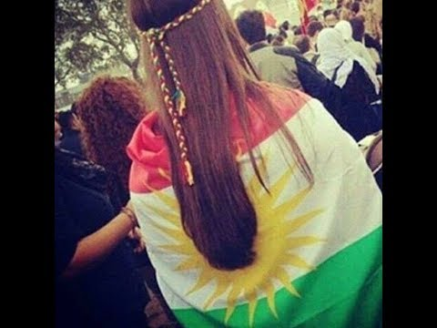 BEAUTIFULL KURDISH GIRL IN INDEPENDENCE MARCH