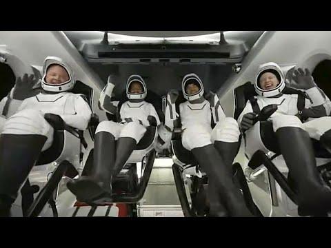 عودة سياح الفضاء الأمريكيين الأربعة إلى الأرض بعد ثلاثة أيام في الفضاء…  - 09:54-2021 / 9 / 19