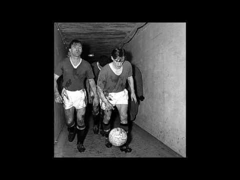 Легенды. Манчестер Юнайтед.  Роджер Бёрн/Legends. Manchester United. Roger Byrne