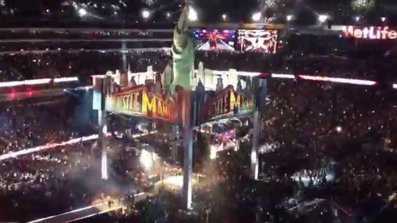 WWE Wrestle Mania 29 Brock Lesnar entrance 4/7/13 - YouTube