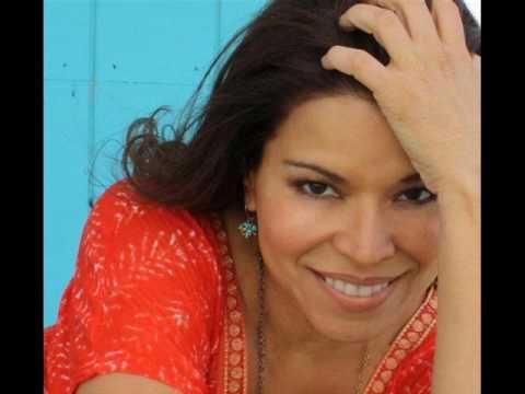 Juliana Barrios - Papi (DJ Cubanito Extended Club Mix).wmv