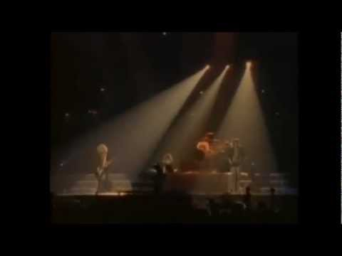 Def Leppard - Hysteria Live in the Round (Lyrics).