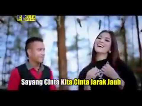 Andra Respati Feat Vita Loka Cinta Jarak Jauh