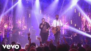 Download Lagu Lu & Robertinho - Titanium / Amo Noite e Dia (Ao Vivo) mp3