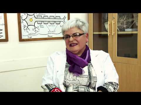 Ora News - Historia frymëzuese e Vera Çuedarit, mësuesja me shumë medalje