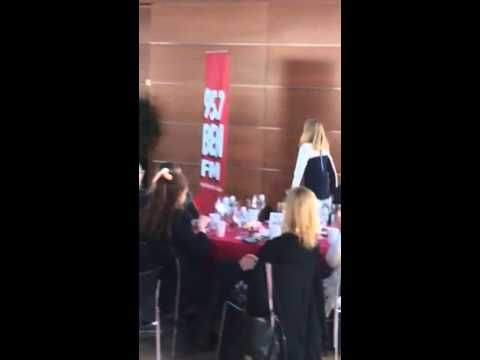 Avery sings 'Tomorrow' at 95.7 BEN-FM Woman of the Week Kimmel Center event