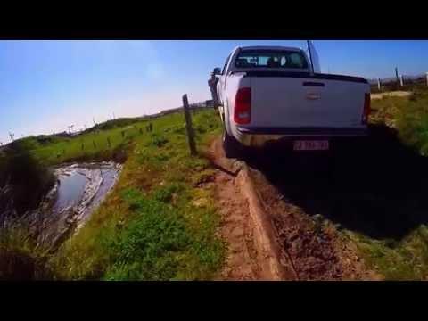 Hilux 4x4 Training - Jeep Adventure Track Canal Walk