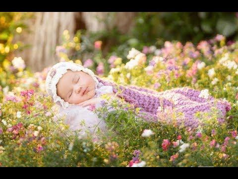 Godox: Use Godox V1 For Newborn Baby Photography With Jodie Andrews
