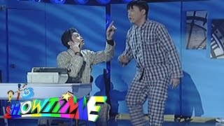 It's Showtime Magpasikat 2015: Vhong & Ryan Performance (Part 1)