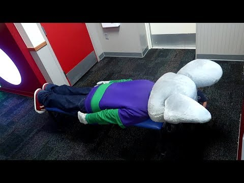 Chuck E Cheese Planking thumbnail