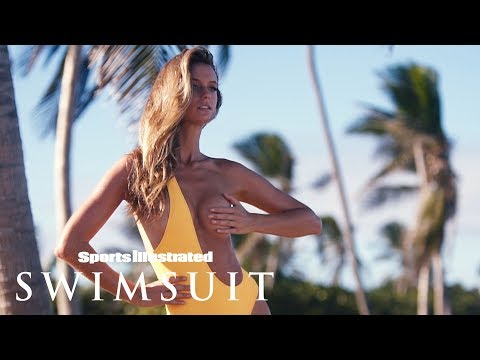 Kate Bock Wears Her Swimsuit Backwards| CANDIDS | Sports Illustrated Swimsuit