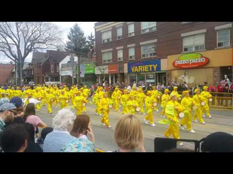 17 Easter Parade