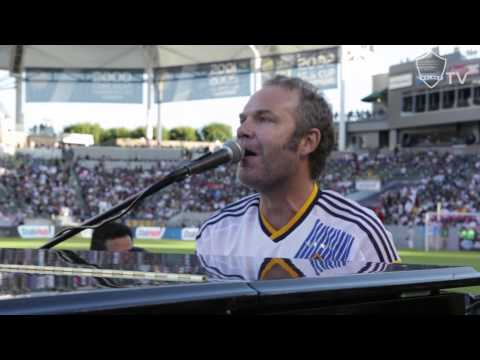 Five for Fighting pays tribute to Landon Donovan