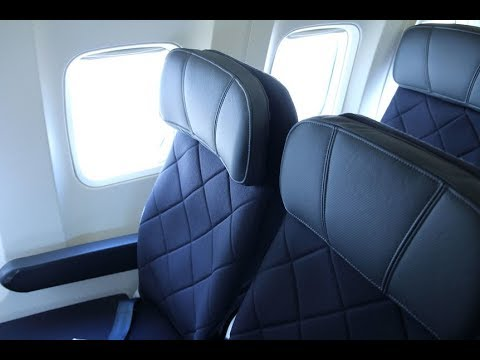 Qantas Economy Class - Sydney to Adelaide (QF 745) - Boeing 737-800