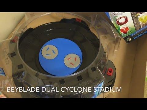 Beyblade Burst B-62 Dual Cyclone Stadium DX