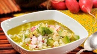 Pozole Verde De Pollo - Green Chicken Pozole