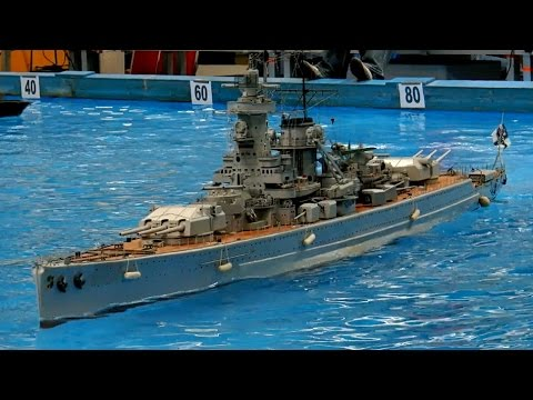 GIANT RC SCALE MODEL WARSHIPS KRIEGSSCHIFFE USS MISSOURI BB-63 MODELSHIPS /  Intermodellbau 2015