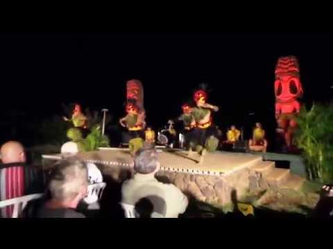 Aivo Travels - Oahu; Chiefs Luau