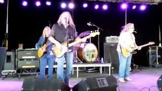 Watch Kentucky Headhunters Some Folks Like To Steal video
