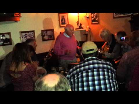 Tommy Phillips in fine voice in Cryans Bar, Carrick on Shannon.