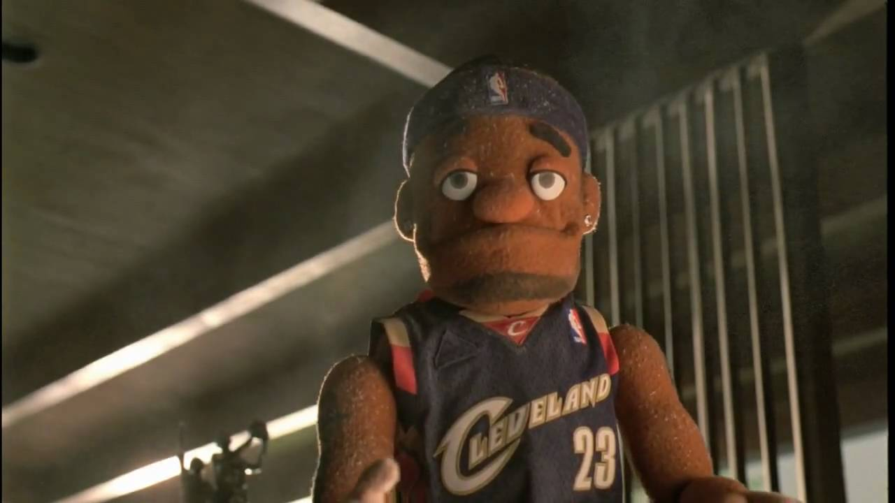 "Nike MVPuppets ""Puppet Chalk"" (in HD) - YouTube"