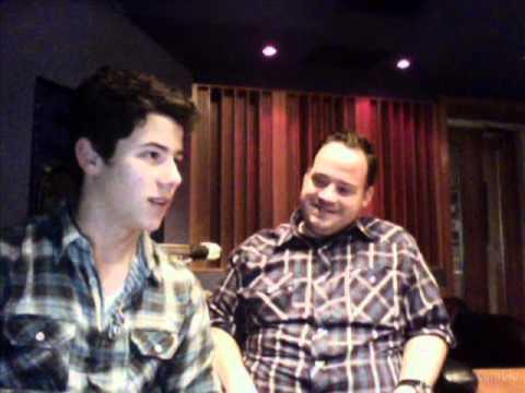Nick Jonas Live Chat 26-02-11