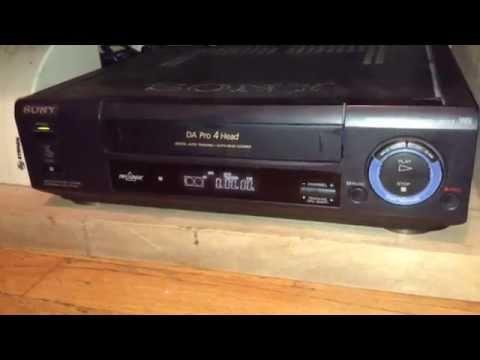 Sony SLV-L4 VHS Videocassette Recorder.