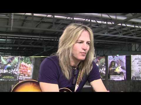 Doug Aldrich (Whitesnake) - interview @Linea Rock