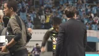 CKからゴール前で混戦が生まれると、最後は鄭 昇炫(鳥栖)が押し込んで...