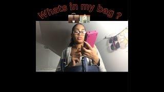 What's in my school purse (Senior ) 😌💼